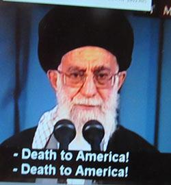 מנהיג עלי חמינאי: קריאות להשמדה בשעת נאומו לרגל ראש השנה הפרסי