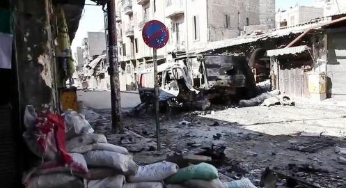 רחוב בעיר הסורית ההרוסה חאלב: אין חנייה