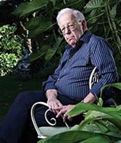 פרופ' שלמה אבינרי: עדה דתית (הצילום מהוויקיפדיה)