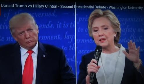 העימות, קלינטון מדברת, טראמפ מקשיב: מעמד הביניים