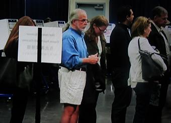 מצביעים אמריקאים בדרך למכונת ההצבעה: חששות